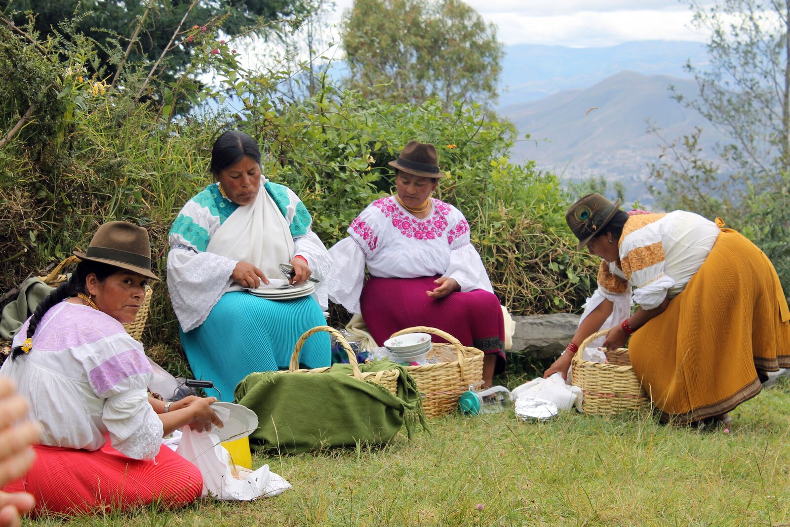 Equadorian women