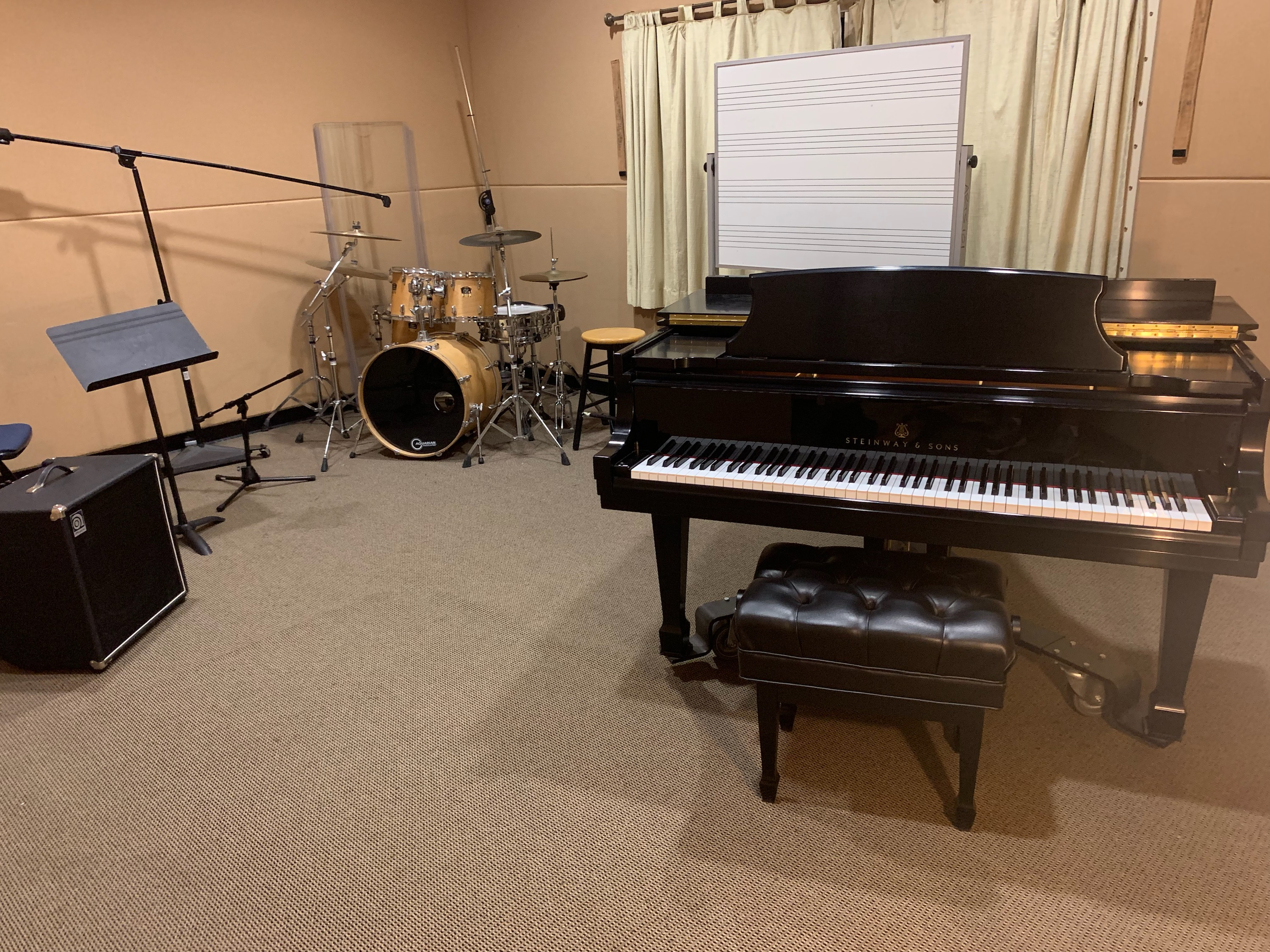Arts 110 Music and Theatre Rehearsal Room